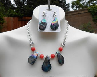 Tear Drop Shell Earring/Necklace Set (Dark)