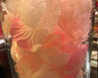 georgeous peach and pink colour confetti artifical flower petals x1000 pcs