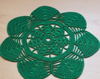 green crochet doily, lace doily, green cotton handmade lace cup coaster, 22 cm cup mat, green table placemat, green  table decor