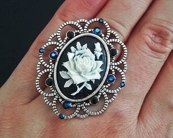 Silver goth ring with black and white rose cameo