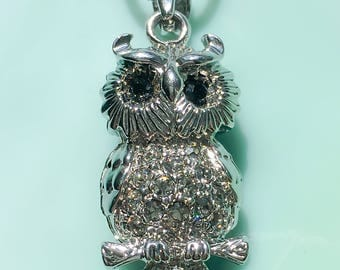 Owl Necklace | Owl Jewelry | Pendant Necklace | Nature Jewelry | Bird Jewelry | Gift for Her | Animal Jewelry | Vintage Rhinestone Jewelry