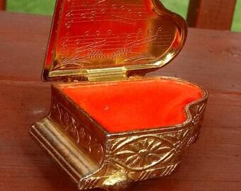 Vintage 1970s piano small trinket or keepsakes box