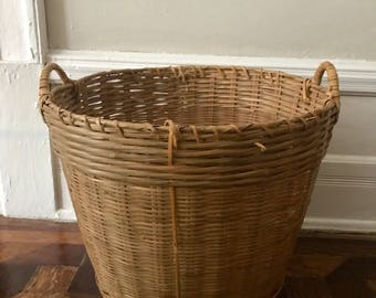 Vintage Wicker Basket – Medium & Large