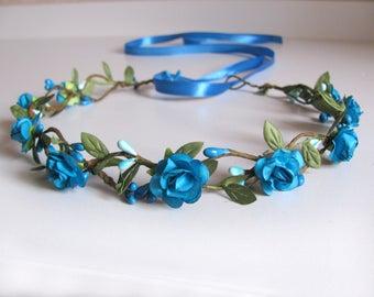 Simple winter blue flower crown Flowergirl crown Blue rose crown Something blue halo Bridal rustic hair wreath headpiece Bridesmaid crown
