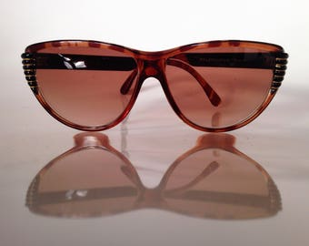 Balenciaga - vintage sunglasses - like new - french