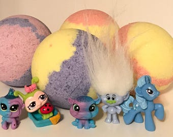 SURPRISE Toy Bath Bombs for Kids