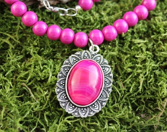Vintage inspired Pearl Necklace glass cabochon pendant Pink agate