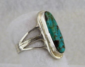 Sterling silver and Turquoise knuckle ring.