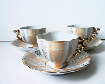 Set of 3 vintage mini tea/coffee cups & saucers lusterware. Japan (#EV239)