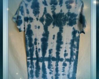 Men's size S/CH, tie dyed T-shirt, paisley blue color blocked design. 100% cotton.