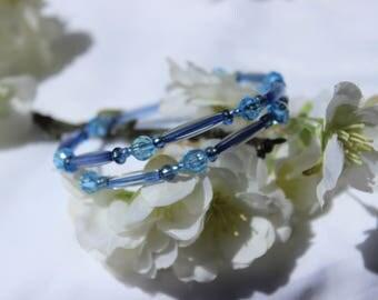 Blue beaded memory wire bead bracelet