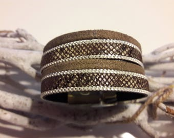 Brown cuff leather bracelet magnetic clasp woman