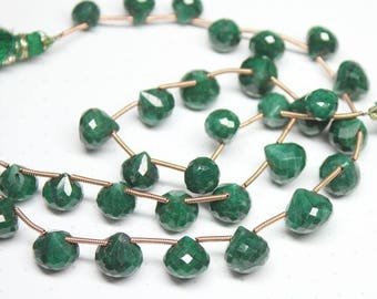 """Natural Green Emerald Faceted Onion Drop Loose Gemstone Craft Beads Strand 9"""" 7mm 8mm"""