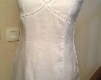 Bare back linen and white lace dress