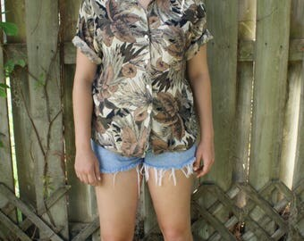 Floral Patterned Cropped Hawaiian Shirt