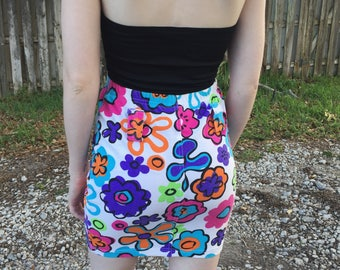 80's Bright Floral Pop Art High Waisted Mini Skirt