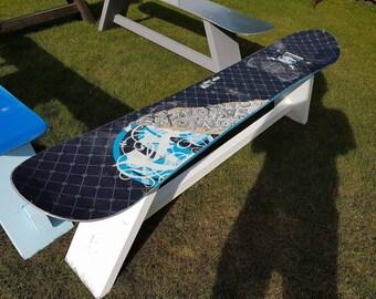 Snowboard Apres Bench
