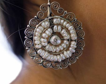 "Mexican Filigrana Silver Earrings with freshwater pearls ""Redondo"" - handmade"