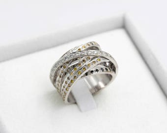 Ring in 18 carat white gold with brown, black and white, hand finished