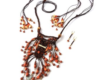 Leather Necklace. Trival style choker necklace. Macramé. Handmade in leather.  Boho Hippie Chic Ethnic.  Includes earrings.