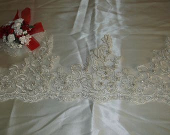 Ivory Silver/Rhinestone Beaded Scalloped Lace