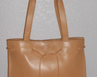 Liz Claiborne peach color leather shoulder bag