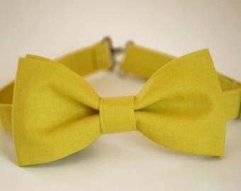 Wasabi green bow tie, lemon green boy's bow tie, yellow bow tie, wedding bow tie, groomsmen bow tie, acid bow tie, groom bow tie, ringbearer