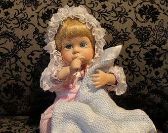 Cute Vintage Porcelain Baby Doll with Blanket 1990 MBI