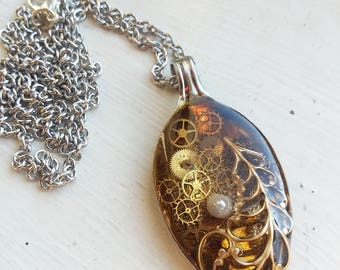 Spoon resin pendant steampunk leaf