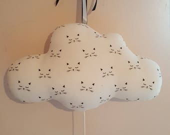 Music box, cloud soft and kittens little heads *.