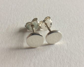 Round Stud Earrings/oorstekers