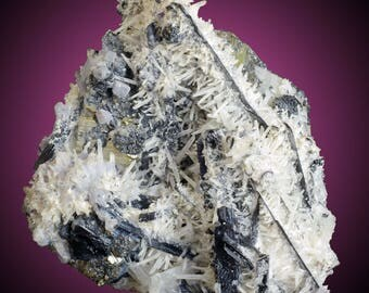 Huebnerite with Quartz, Pyrite, Fluorite, Bournonite & Pyrite; Ancash, Peru  --- minerals and crystals