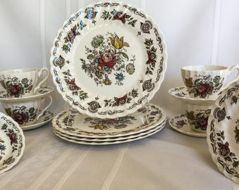"""Full 20 Piece Dinner Set - """"MYOTTS Bouquet"""" -  Made in Staffordshire England"""