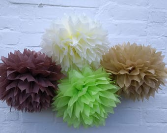 Pack of 20 pom poms /woodland wedding decorations / party decorations / birthdays / home decorations / marquee decorations / rustic wedding