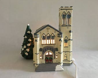 Snow Village Cathedral with Light - Department 56