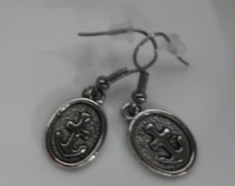 Anchor Circular Earrings
