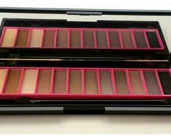 12 Color Smokey Eyeshadow Palette