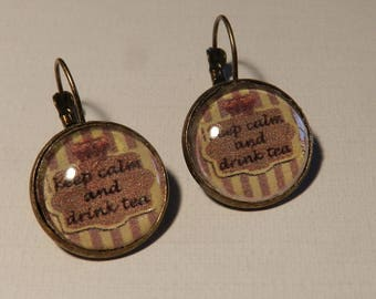 Pair of earrings to Drink tea