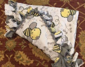 Buzzy bee blanket