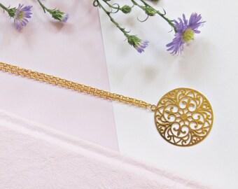 Oriental Juwerya necklace with Golden macrame Medallion