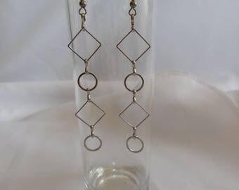 Trendy stainless steel geometric shapes on stainless steel earrings.