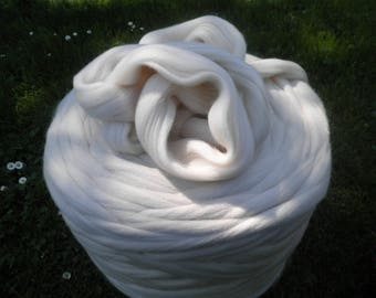wool roving from New Zealand sheep, ecru color