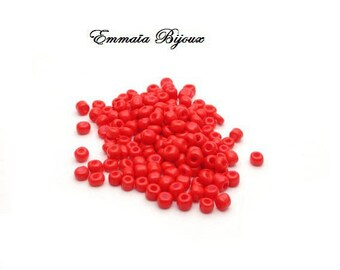 50 red 4 mm seed beads