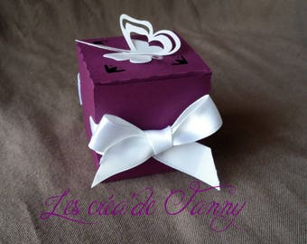 Containers with Ribbon and Butterfly favors