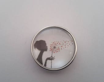 snap glass cabochon silhouette and dandelion in the wind
