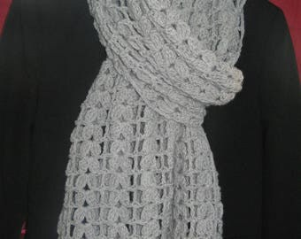 Scarf knitted crochet with wire wool and acrylic