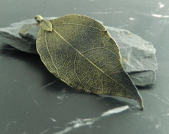 bronze 1 leaf charm pendant