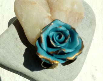 Ring rose gold and blue