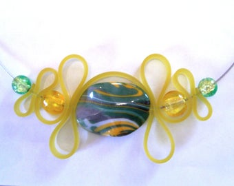 Choker necklace, yellow and green beads and silicone