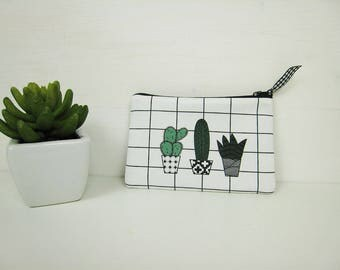 Small black, white and green cactus canvas Kit